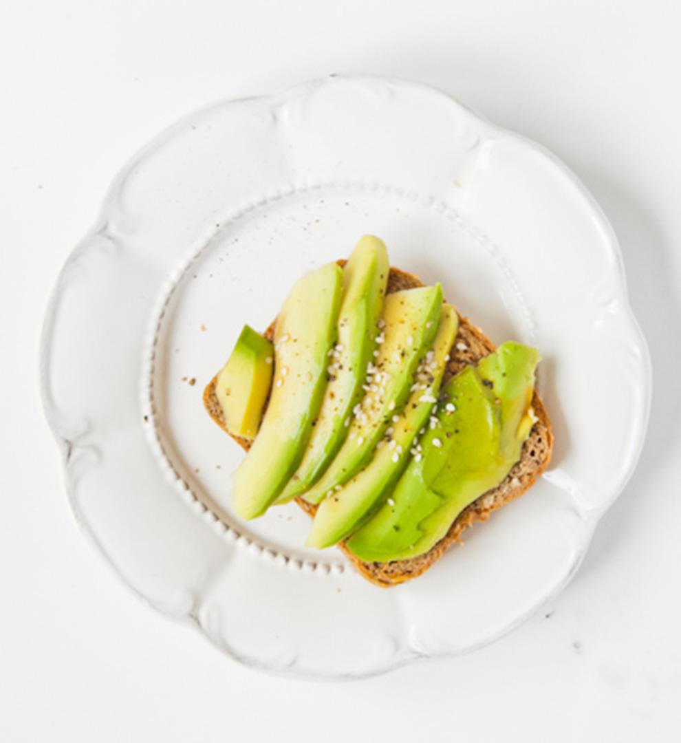 BiteDelite-grzanka-z-avocado-isezamem-9043
