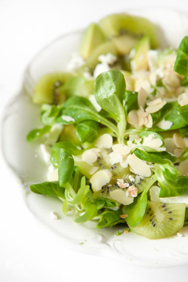 BiteDelite-salatka-awokado-kiwi-5279