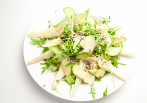 BiteDelite-salatka-rukola-gruszka-awokado-ogorek-03411