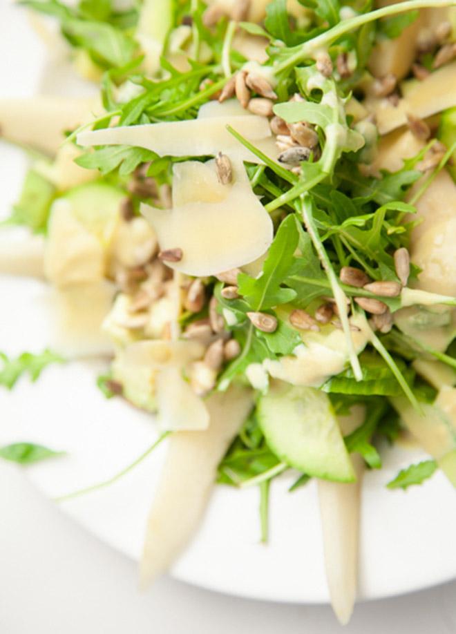 BiteDelite-salatka-rukola-gruszka-awokado-ogorek-03481
