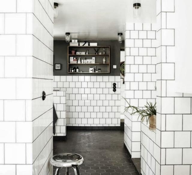 Białe Kafelki Czarna Fuga W łazience Bitedelite